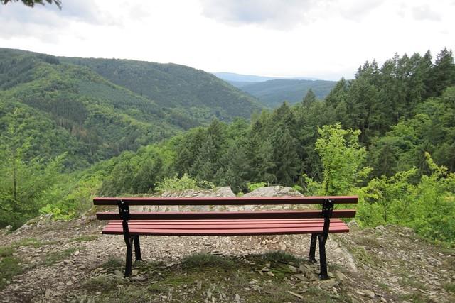 Aussichtspunkt Mehrholz am Wispertalsteig im Naturpark Rhein-Taunus